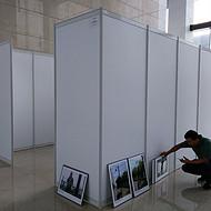 上海务美展览 摄影作品展板架 出租搭建 挂摄影图片展示使用