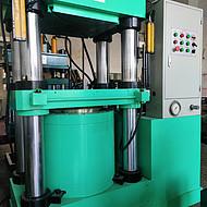 300吨四柱式二手油压机液压机五金模具冲挤压成型