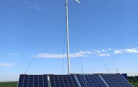 家用小型风力发电机实拍视频安装方法 (89播放)