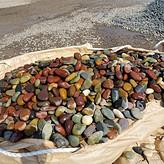 鹅卵石滤料_重庆鹅卵石滤料价格_滤料鹅卵石批发。
