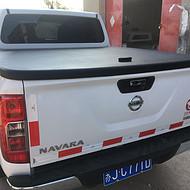日产纳瓦拉NAVARA平盖后箱盖液压后盖皮卡改装后箱盖