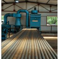 青岛钢管抛丸机厂家,鑫霖烨塬除锈喷砂机价格。