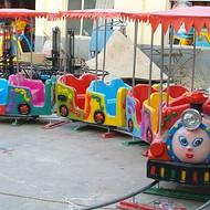 河南郑州儿童游乐设施双排带蓬小火车图片价格厂家