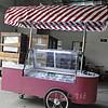 红色冰淇淋车 硬质冰激凌车 移动雪糕车 冰淇淋售卖车