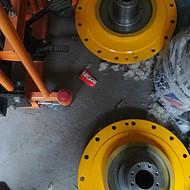 山推压路机配件现货生产22吨压路机外轴承罩263-83-00009