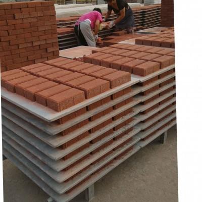 平整度好,公差小PVC砌块砖机托板厂家专业订做各种型号尺寸