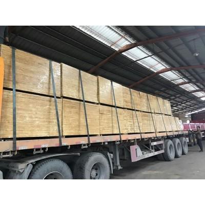 福建厂家生产的耐磨,耐压竹胶板畅销全国各地