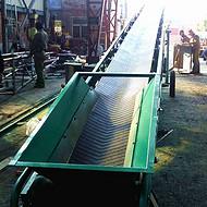 南陵皮带输送机技术参数  加工斜坡带式输送机组图