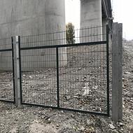 铁路隔离防护栅--临边防护围栏-安平聚光