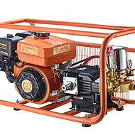 供应厂家直销共源26型/30型汽油机动力打药机条纹泵动力喷雾机