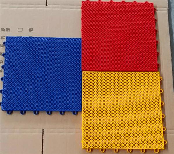 新闻:榕江县羽毛球场拼装式地板-可按照需求定制