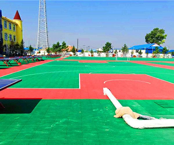 新闻:通河县学校操悬浮地板招标参数