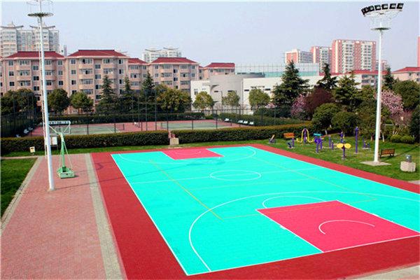 卓尼县新闻:彩色拼装式悬浮地板施工厂家【创合地板】