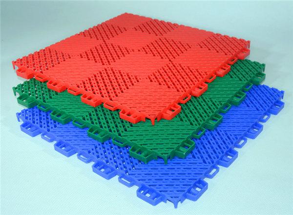 新闻:望奎县悬浮式拼装运动地板的优缺点