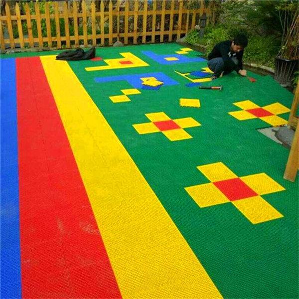 采购商:新县幼儿园专用悬浮地板-加盟价格