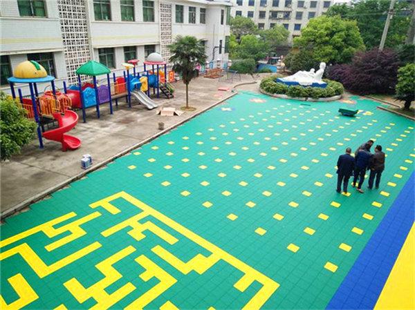 资讯:兴宁网球场悬浮拼装式地板-美观耐老化