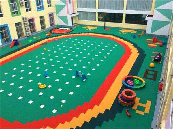 新闻:富宁县悬浮式网球场地板-每平方价格