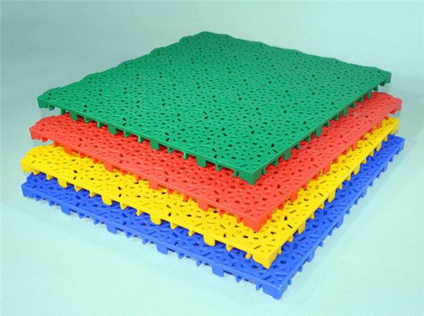 新闻:子长县幼儿园组合拼装地板美观耐老化