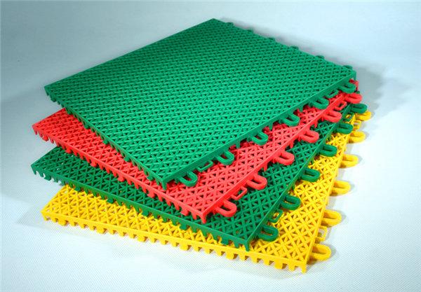 新闻:共青城市塑胶拼接悬浮地板去哪购买