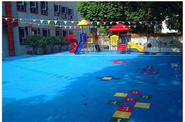 资讯:白朗县篮球场拼装式地板-产品防滑