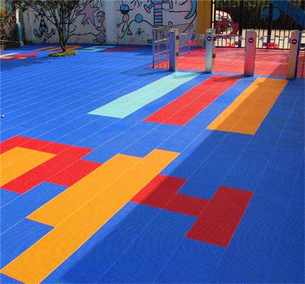 沙县新闻:悬浮式拼装地板加盟价格【您的**】