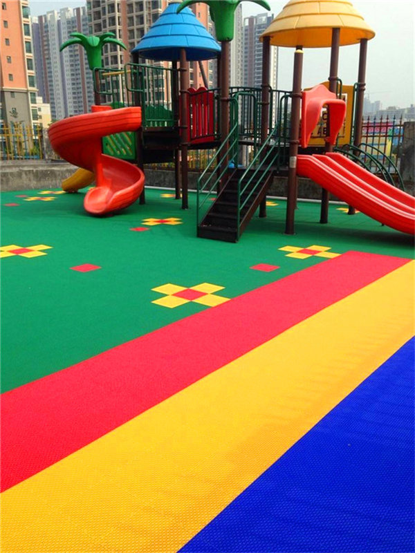 采购商:合浦县篮球场拼装塑料地板-检验报告