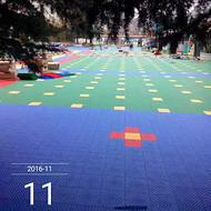 新闻:鄂尔多斯欢迎选购球场拼装地板球场用