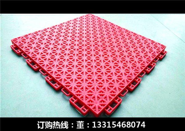 崇川新闻:塑料拼装悬浮式地板产品防滑【欢迎您】