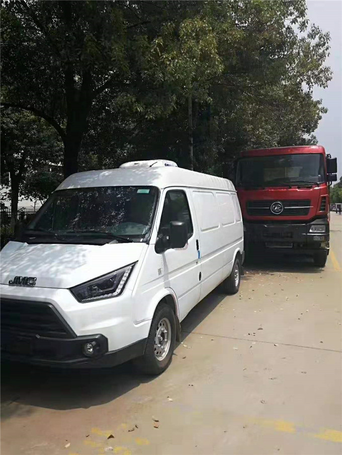 冷藏车早知道:长安睿行M80面包冷藏车免费